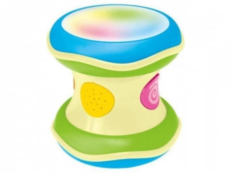 赤ちゃんが大好きな光と音がたくさん楽しめます