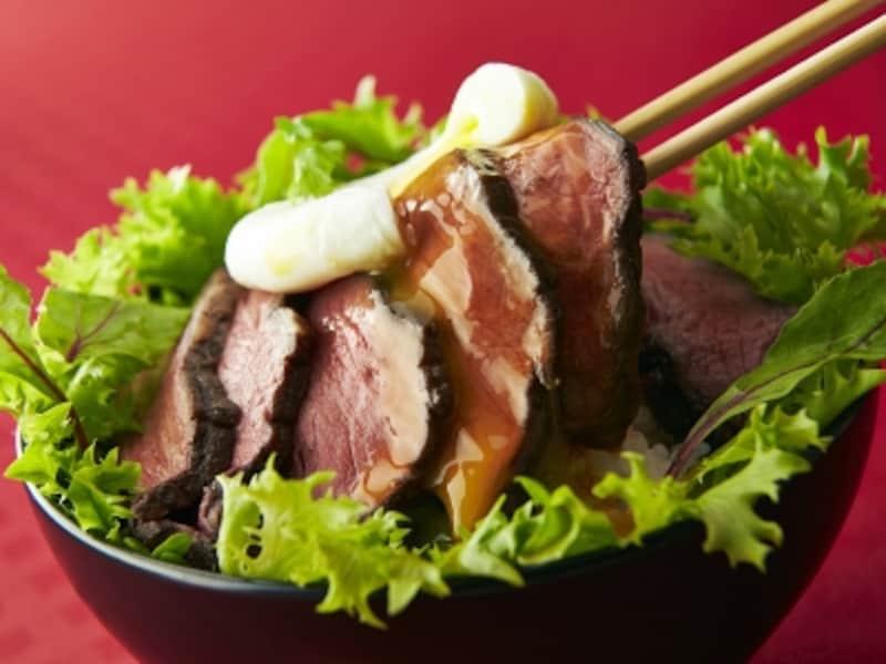 丼ぶりやサンドイッチ、野菜と合わせてサラダにするなどして、主食や副菜と合わせて摂りましょう。