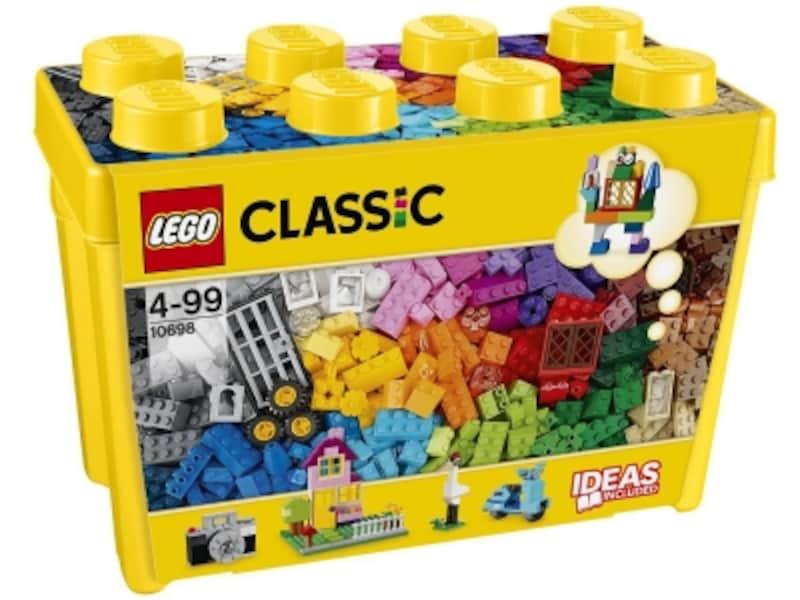 大量のパーツをすっきり収納できるプラスチック製のボックスがとても便利