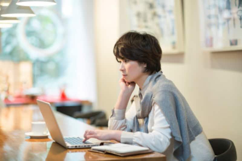 韓国語でのメールの書き方!挨拶やお礼表現などを例文で