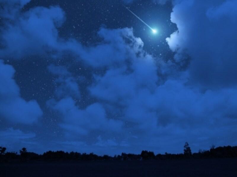 月よりも明るい流星