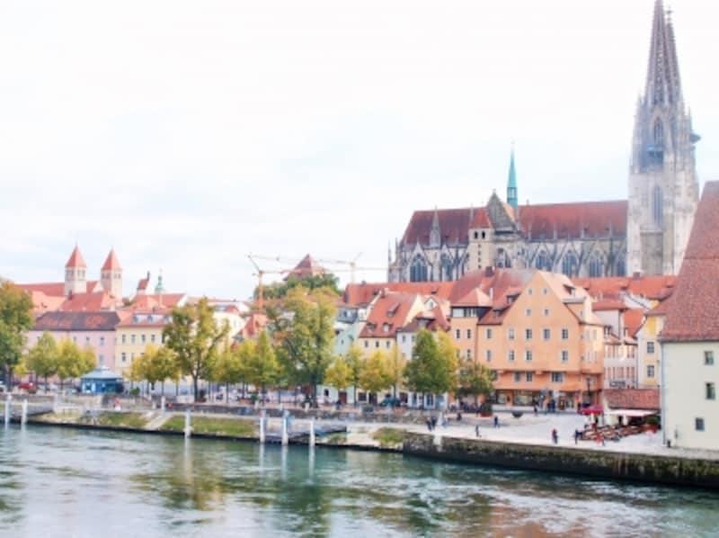 レーゲンスブルク観光!本物のドイツ中世が残る世界遺産の街