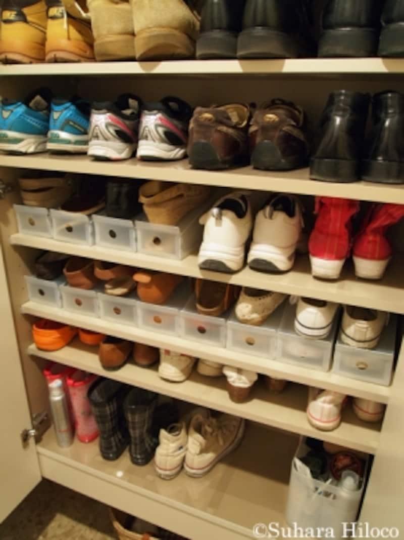 下駄箱の靴収納