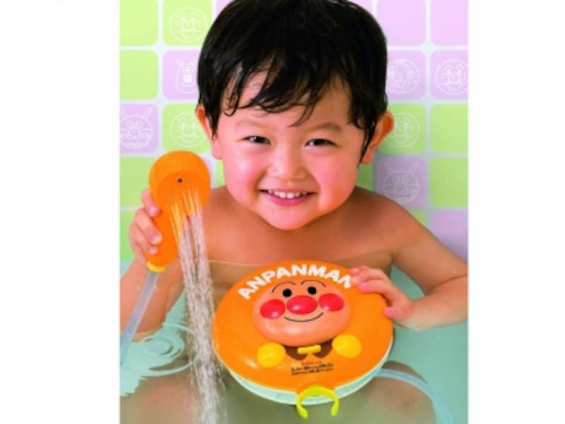 シャワーの先端を回転させることで噴き出しの種類が切り替わります