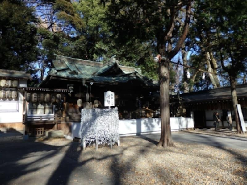 浦和レッズ選手が必勝祈願に訪れる調神社