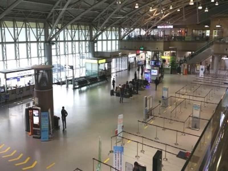 釜山はもちろん、慶州、大邱などの観光にも利用される空港。こじんまりした空港ですが、利用のしやすさでは定評あり!