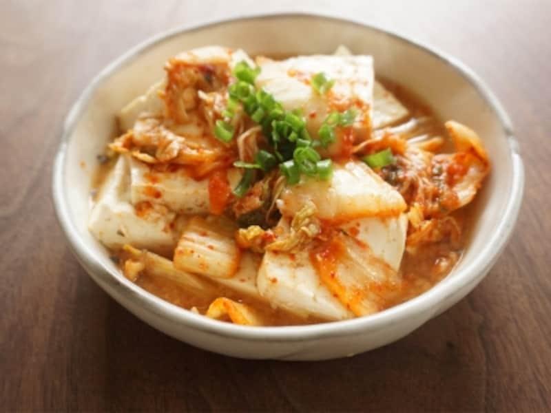 サバ水煮缶汁で豆腐のキムチ煮