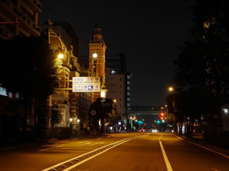 6年前、88日間に及ぶ「龍頭抗争」の舞台となった、みなと大通り(2018年12月2日撮影)