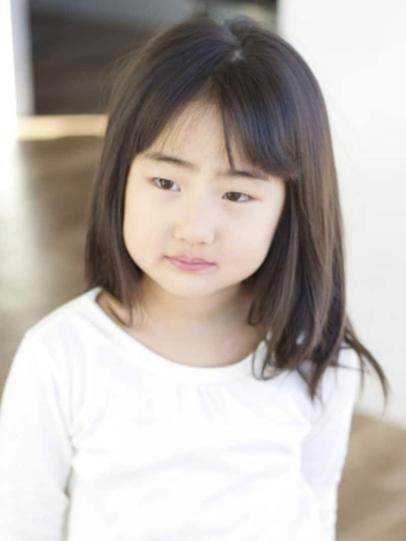 5歳の女の子の前髪をカット