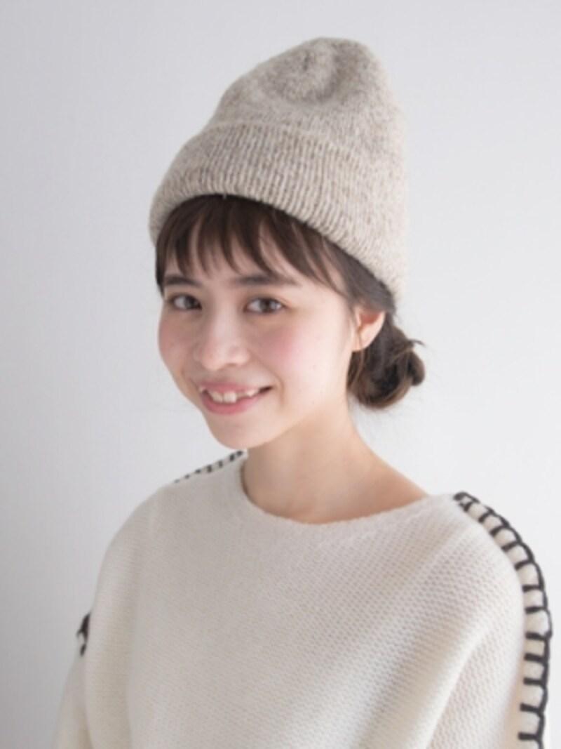 ニット帽に似合う三つ編みアレンジ
