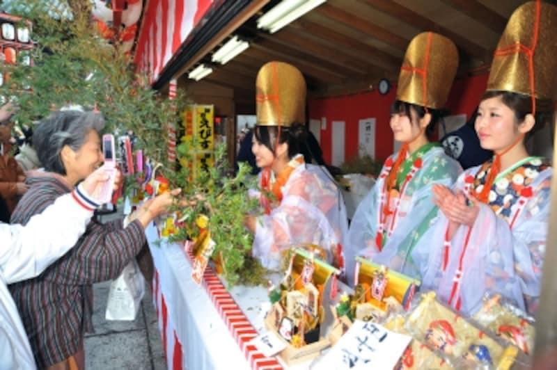 本覚寺の「初えびす」の様子(写真提供:鎌倉市観光協会)