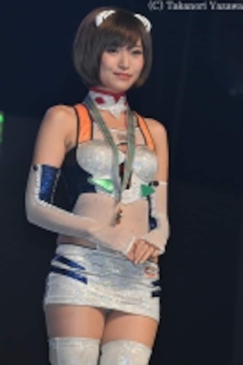 新人賞グランプリに輝いた引地裕美さん