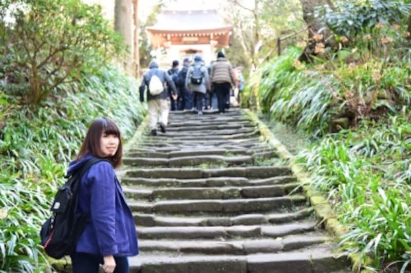 風情たっぷりな、浄智寺参道の石段