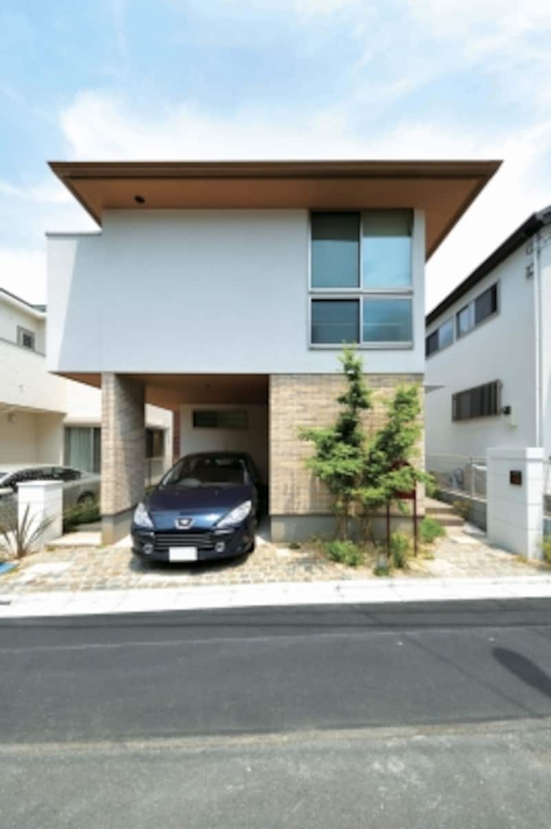杉並区内、新宿駅も程近い25坪の敷地に建つTさん宅
