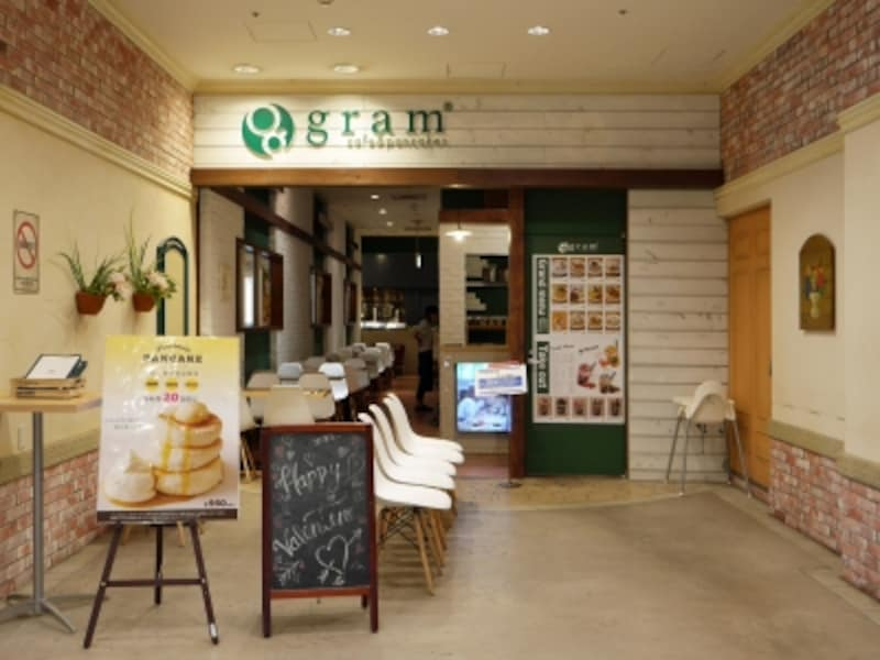 横浜ワールドポーターズ5階にあるパンケーキカフェ「gram(グラム)」(2018年2月7日撮影)