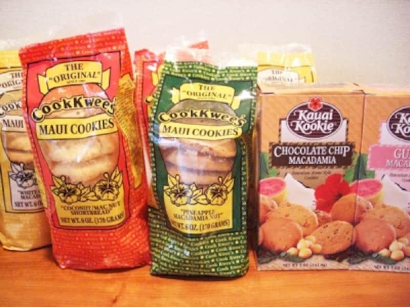 マウイ・クッキー(左)、カウアイ・クッキー(右)は、スーパーで手軽に買えるご当地クッキー