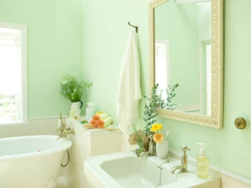 トレンドカラーを取り入れると気が循環し、風水やカラーの効果が高まります。