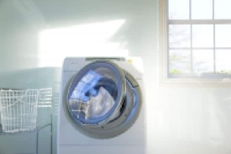 洗濯ネットに入れ、洗濯設定を変えて、スタート。