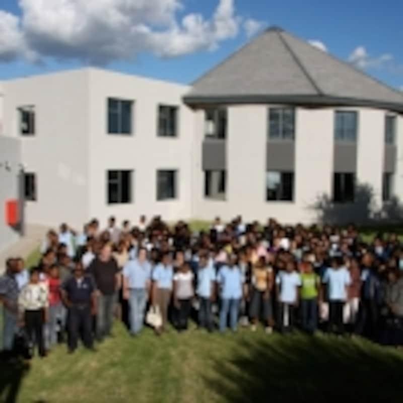 世界最大のダイヤモンド産出量を誇る南部アフリカ・ボツワナ共和国にあるEXCELCOの工房