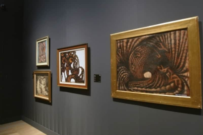 草間彌生の初期作品群。当時の作品は、ノーベル賞作家川端康成も気に入り2点所持している。