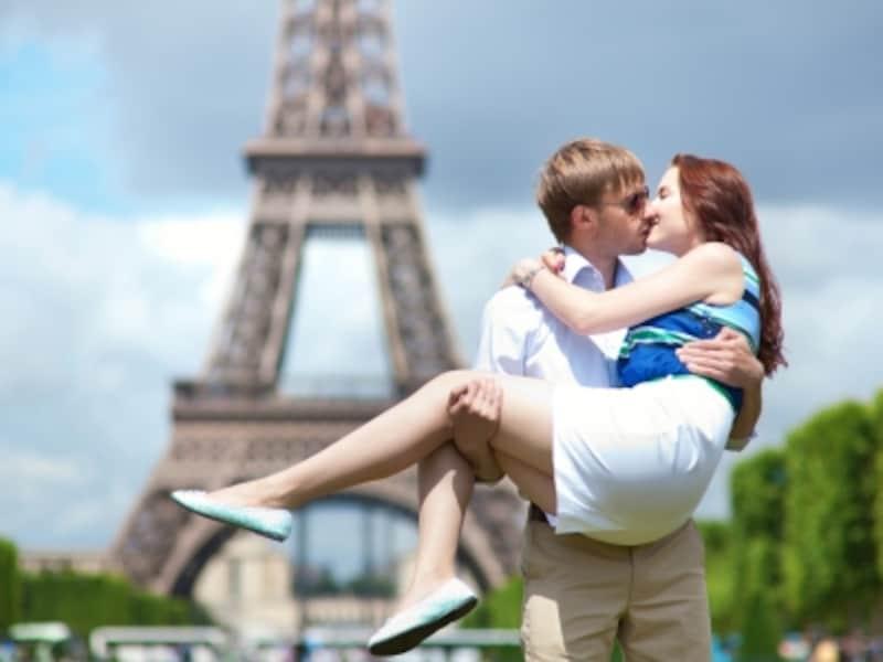 フランス女性からモテる秘訣を学ぶ!