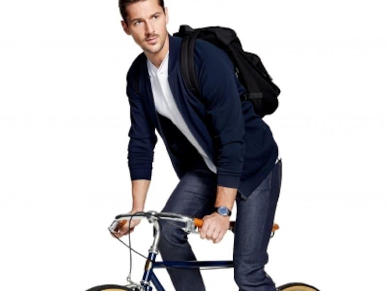 サイクリング・ジョギングなどアスレチックスポーツの機能性ウェアをカジュアル服に落とし込んだアスレジャー