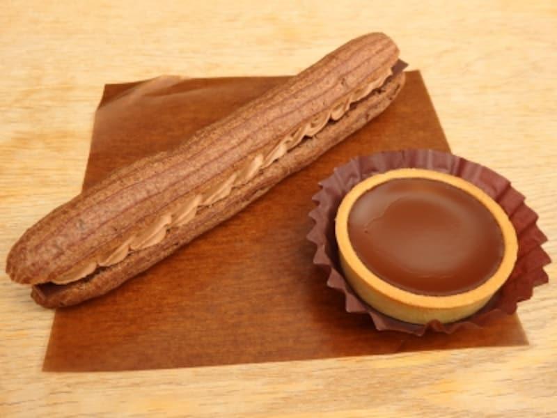エクレアミルクショコラとアロマ生チョコタルトビター