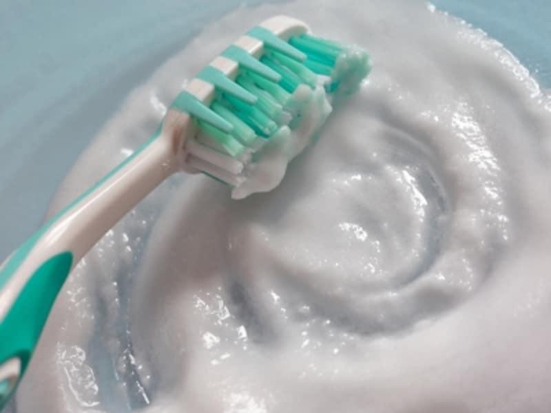 水,ペースト,歯磨き粉,変わった歯磨き
