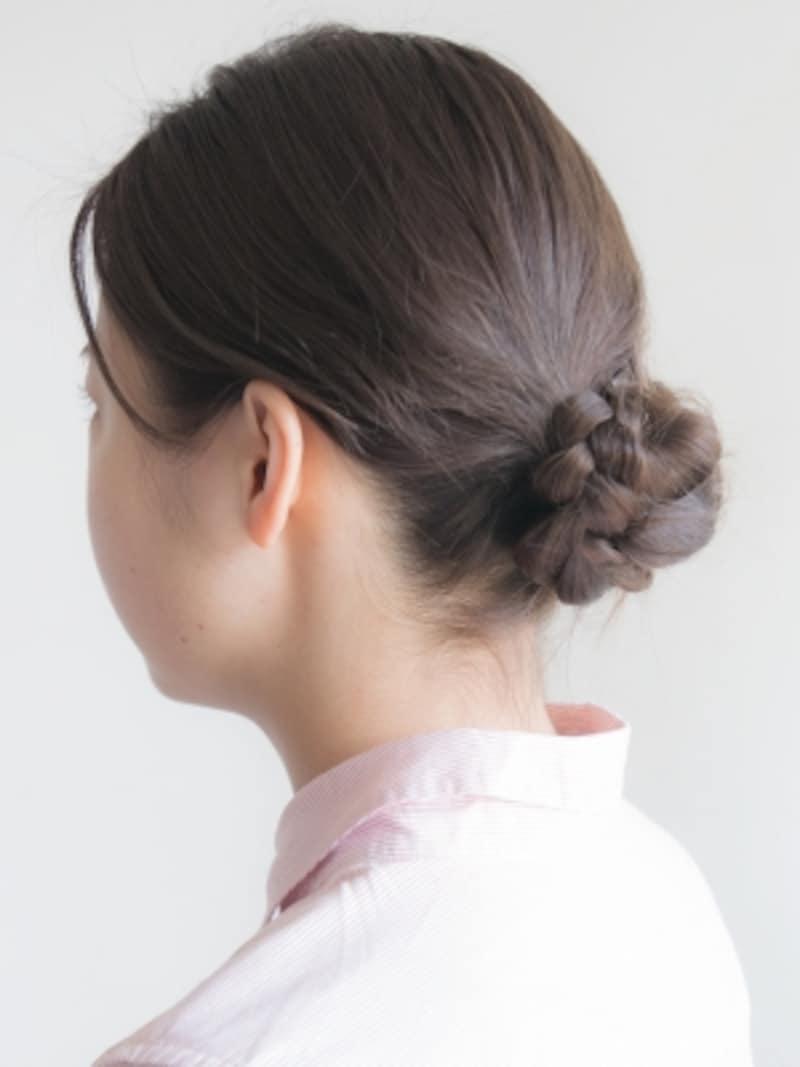 巻かずにできる簡単三つ編みシニヨンヘア