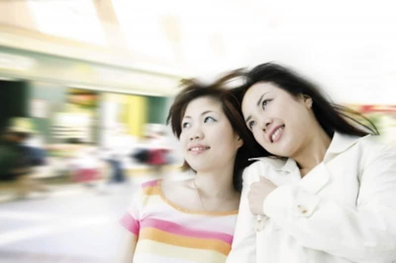 姉妹は生まれたときからのライバル。そのためどちらかが先に幸せな結婚をすると、もう片方にはプレッシャーになる