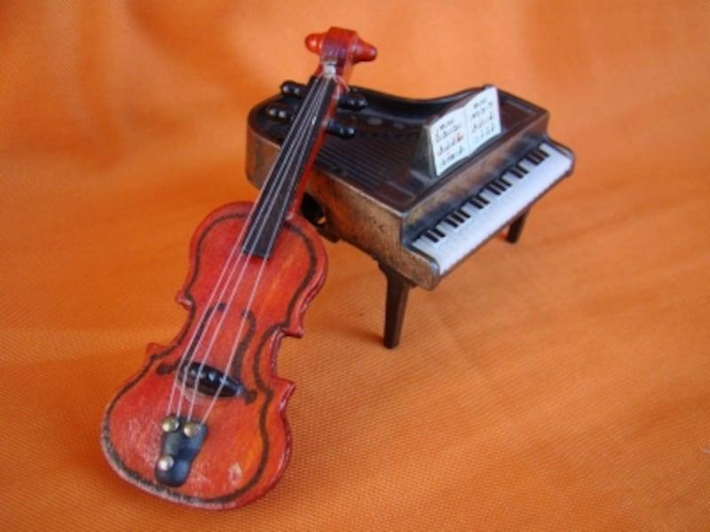 ピアノとバイオリンの写真