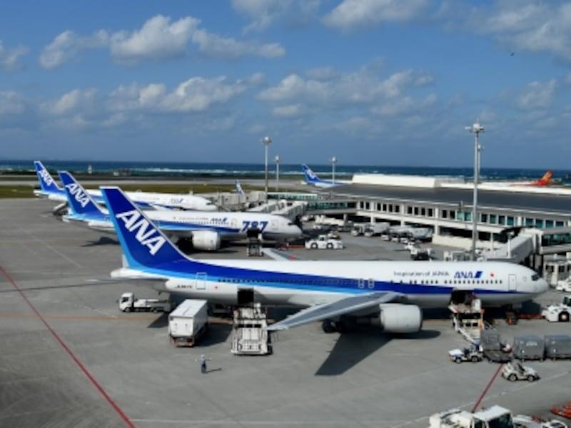 沖縄 飛行機 東京