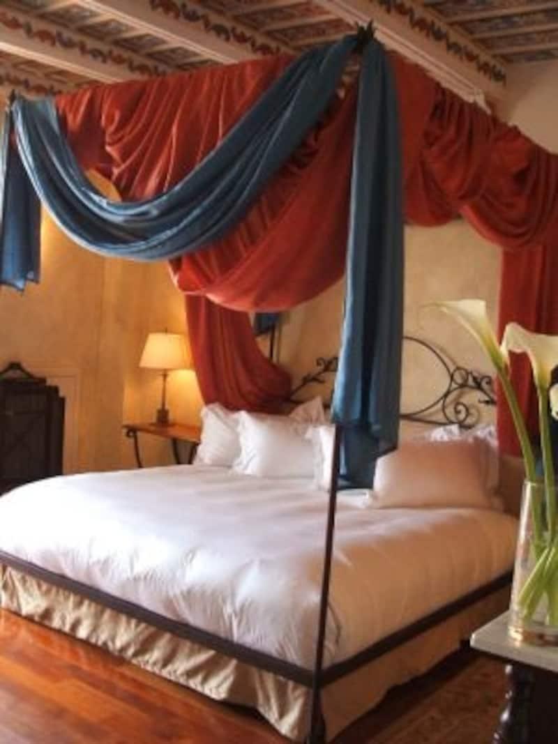 値段よりもゴージャスさ?お得なホテルを探す?それぞれの旅スタイルで選べる豊富なバリエーションが揃うイタリアのホテル