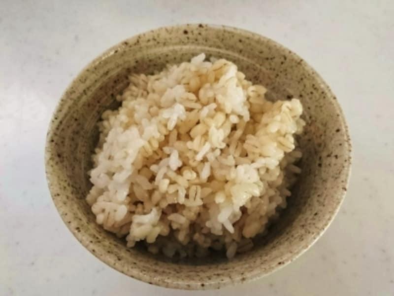 噛めば噛むほどもち麦の甘みが広がります