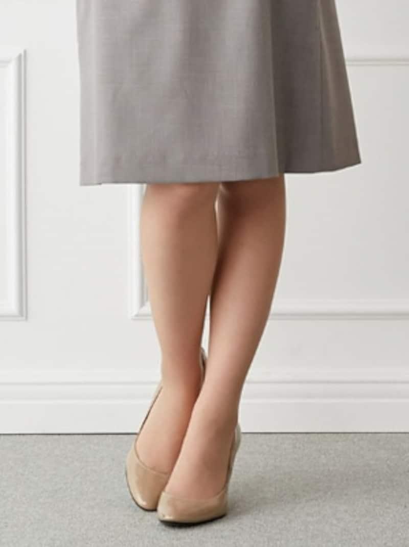 ストッキングのサイズと色の選び方・履き方
