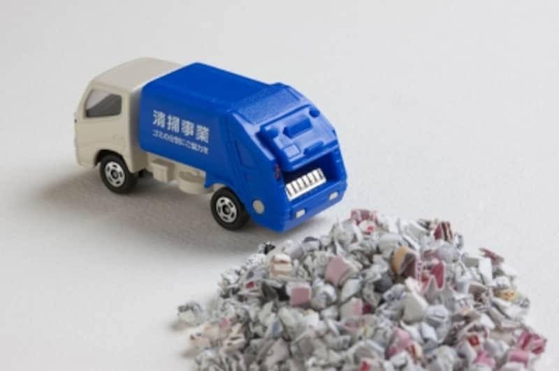 日本人一人が一年間に排出するゴミの量は320kg。捨てない=モノを増やさない意識が重要です