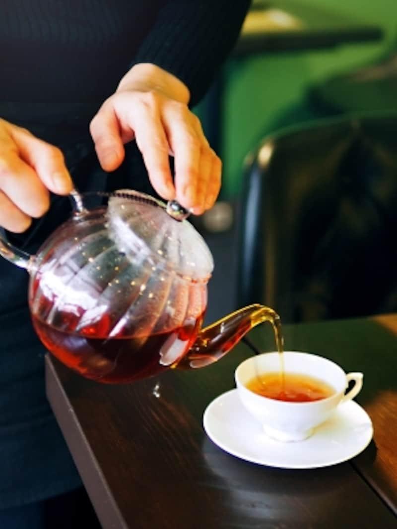 明治~大正時代に日本で輸出用に作られていた小ぶりなティーカップ(デッドストック)