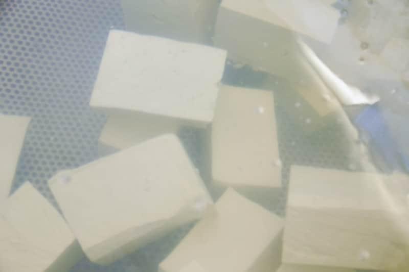 水の中の豆腐
