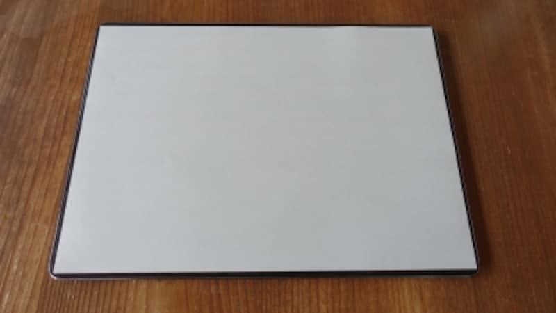 大きさが、A4用紙と同じなのもノート感覚で使える理由。