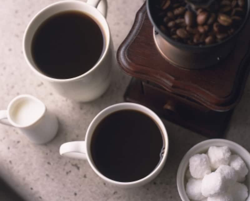 コーヒーと砂糖、ミルク