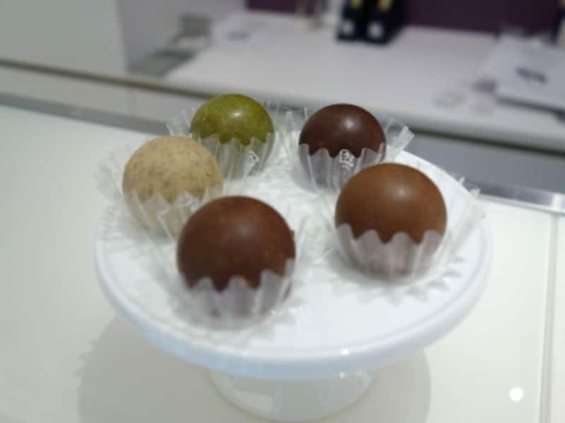 フィリップ・コンティチーニ「クラックネ」は一口サイズのチョコレート