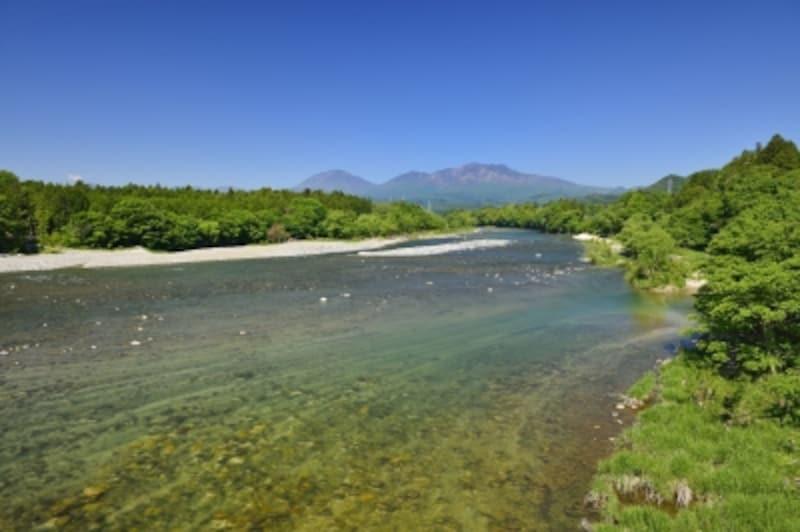 川や水路、水源の近くなどで排せつは避けましょう