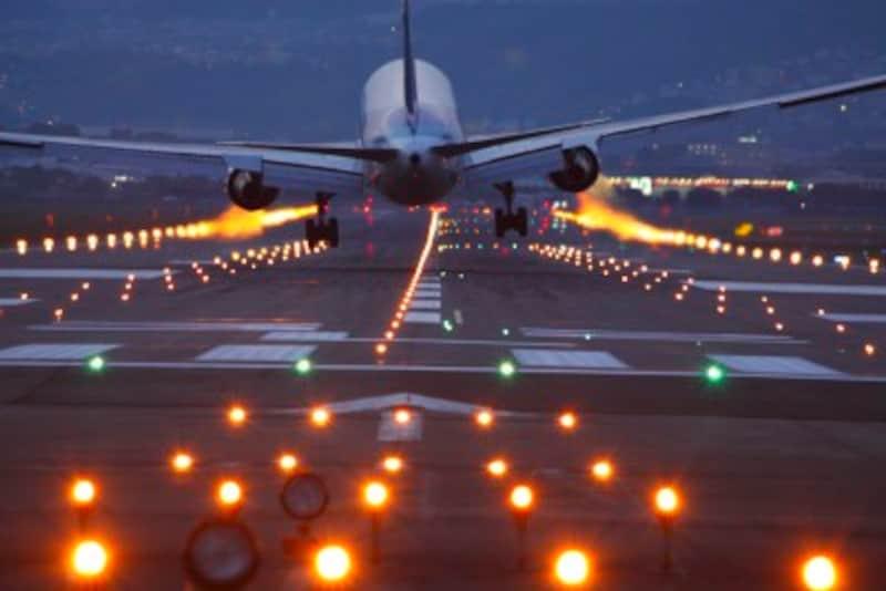 2019年最新版!JAL、ANA一番お得な航空券株主優待は?