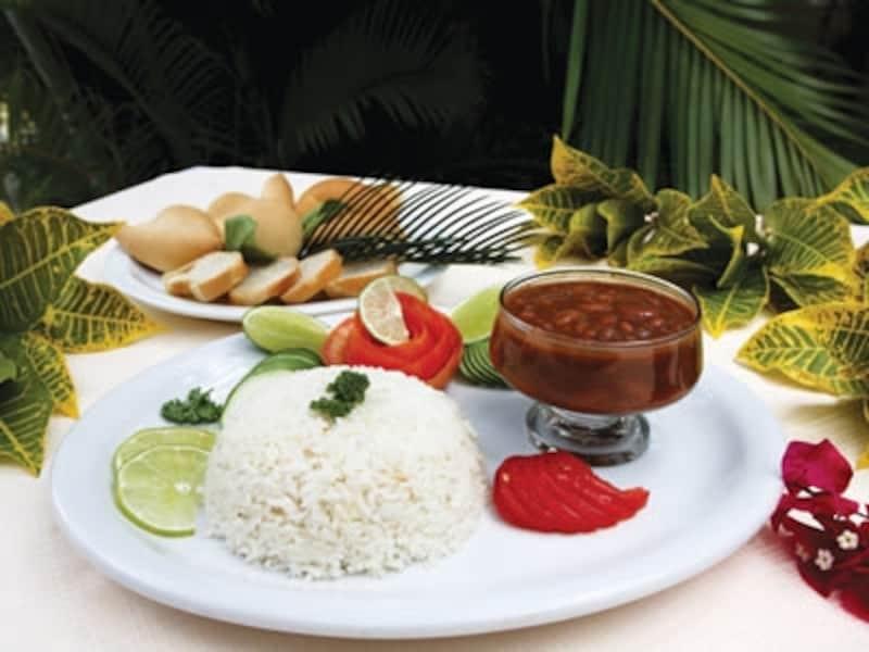 ドミニカ料理の主食は米。味付けは全体的にあっさり(C)DominicanRepublicMinistryofTouris