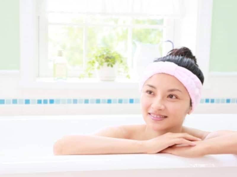 新しいアロマ入浴の基材「焼きミョウバン」とは?