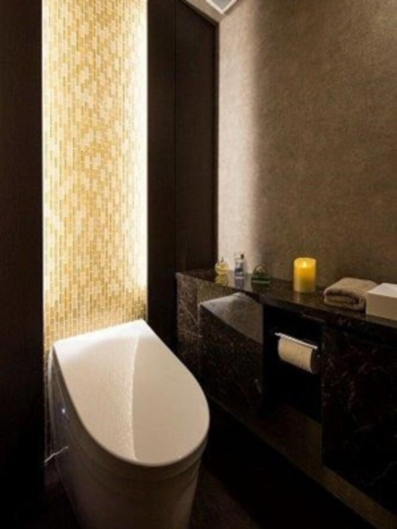「照明による演出を加えてホテルライクなトイレ空間を創出することもできる」写真提供:野村不動産リフォーム