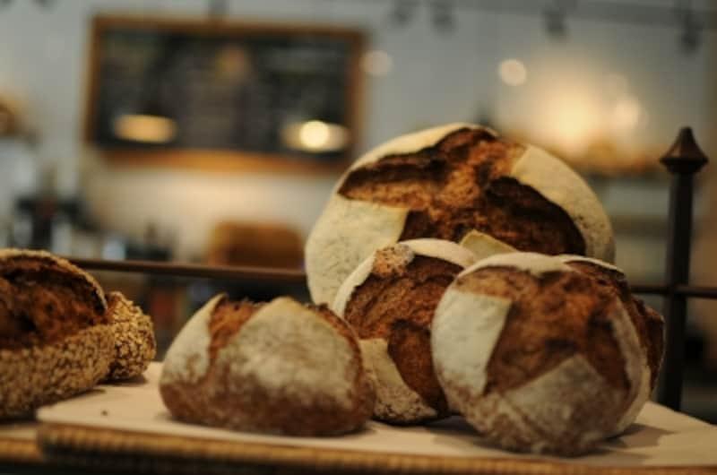 オーガニック小麦やライ麦のパン
