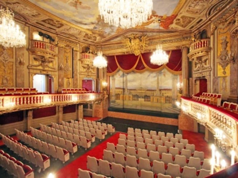 宮廷劇場オランジェリーC.Cossa
