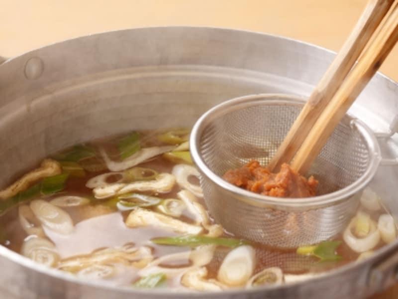 一人暮らしの自炊に必要な調味料その3:味噌
