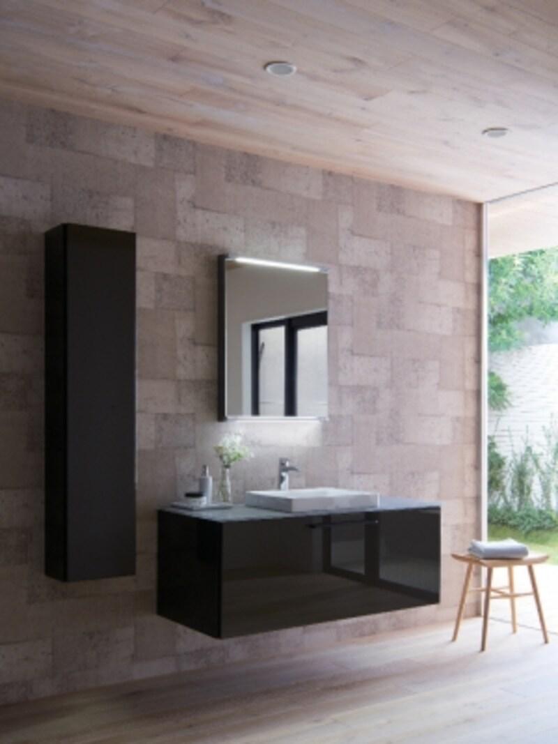 薄いフラットな形状のカウンター、空間に広がりをもたらすフローティングデザインキャビネット、陶器製のベッセル式洗面器、フラットな形状での木製化粧鏡(上下LED)などにより上質な洗面空間を演出。[ESCUA(エスクア)]undefinedTOTOhttp://www.toto.co.jp/